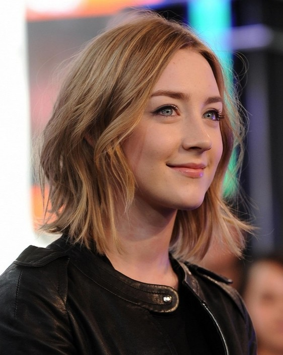 Saorise Ronan Medium Hair Style - Shaggy Bob Haircut Ideas