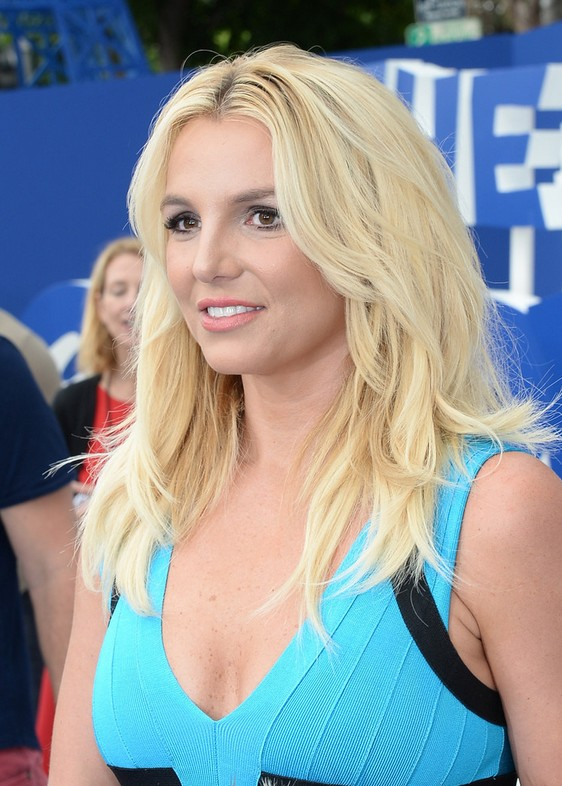 Britney Spears Latest Layered Cut: Casual Long Hair