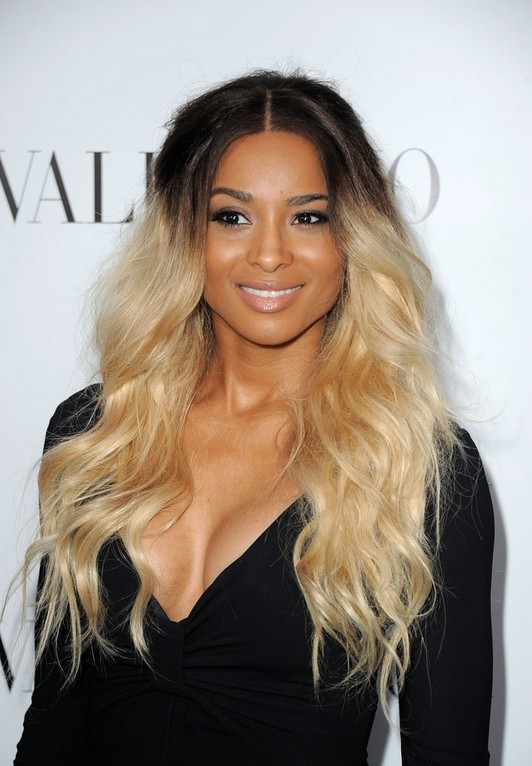 Ciara Ombre Hair: Long Wavy Hairstyle