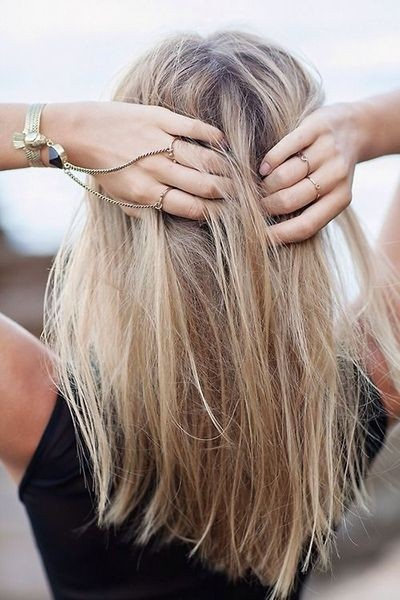 Cute & Lively Hairstyles for Medium Length Hair