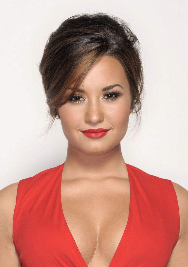 Demi Lovato Hair and Makeup Picture: Updos with Bangs