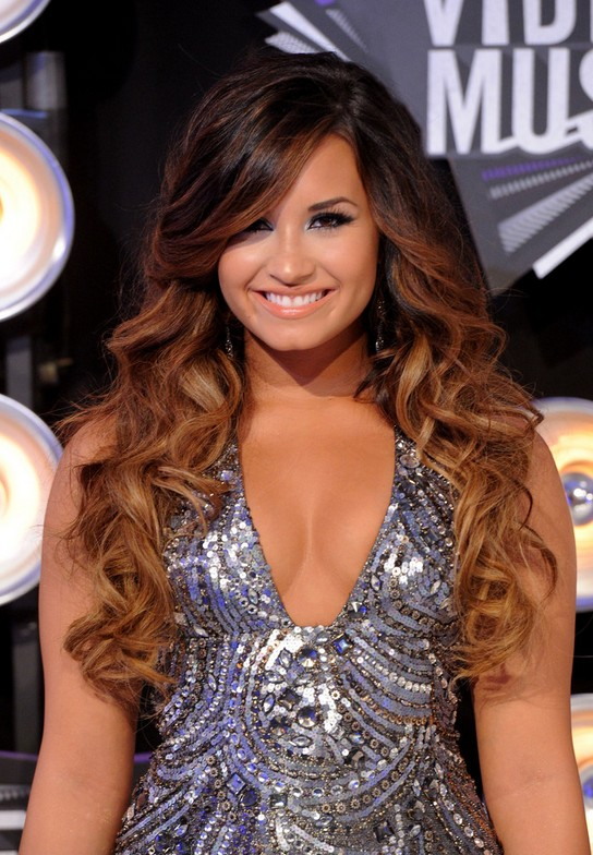 4 Demi Lovato Hairstyles Long Hair Popular Haircuts