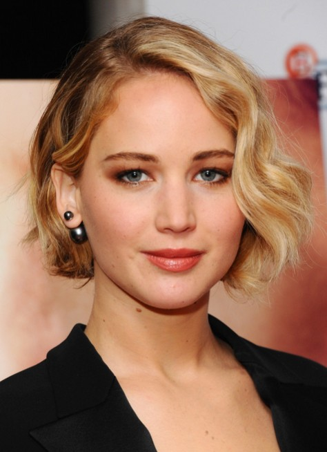 Jennifer Lawrence Short Haircut: Ombre Wavy Bob Hairstyles