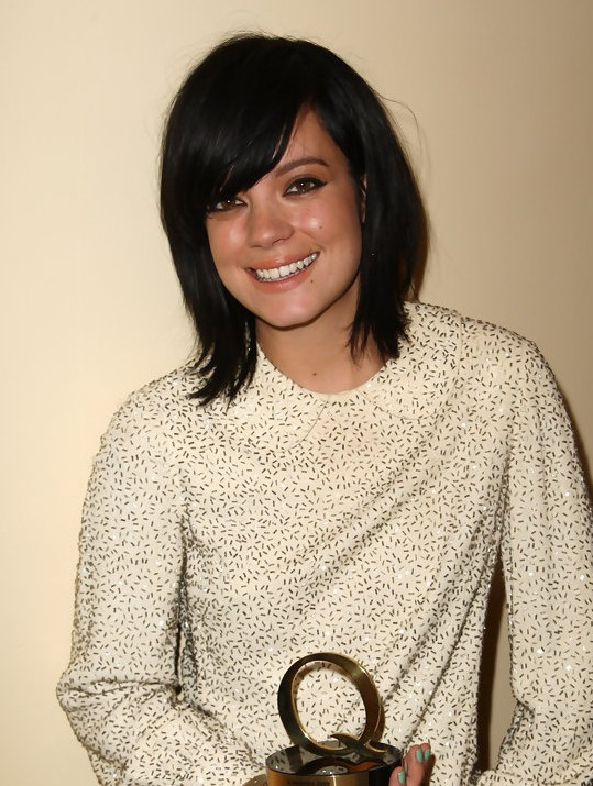 Lily Allen Hairstyle: A-line Short Haircut
