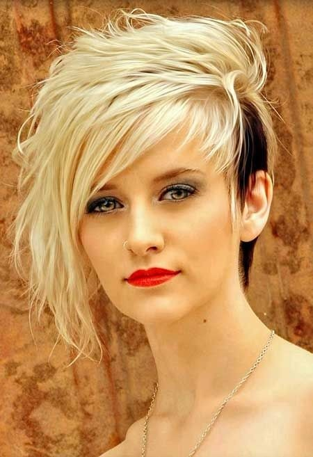 Lovely and Attractive Platinum Blonde with Black Tailings at the One Side