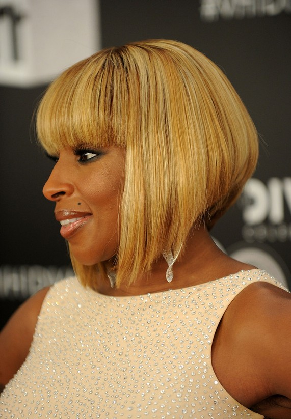 Mary J. Blige Short Haircut: Straight Bob with Blunt Bangs