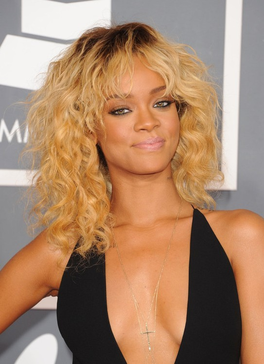 3 Rihanna Curly Hairstyles Popular Haircuts