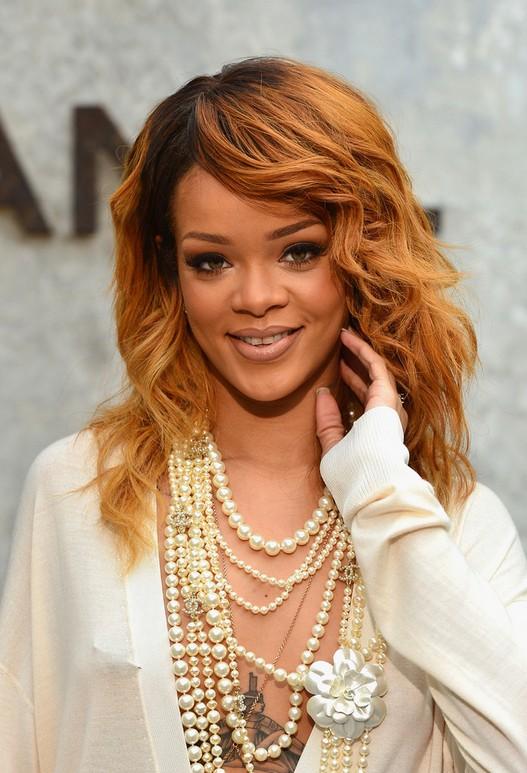 3 Rihanna Curly Hairstyles Popular Haircuts