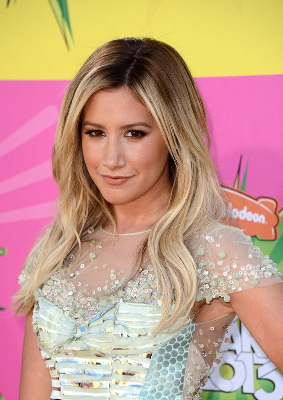 Ashley Tisdale Hairstyle: Ombre Layered Long Hair Styles