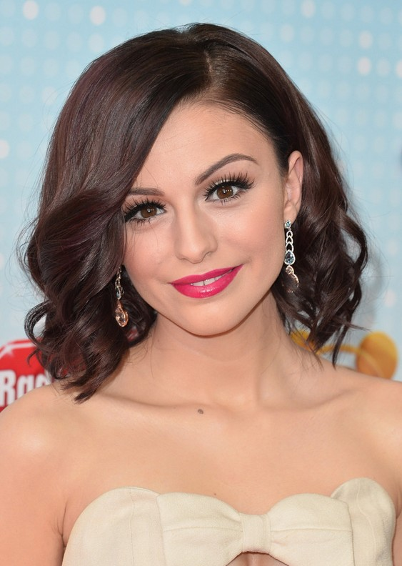 Cher Lloyd Wavy Hairdo: Formal Medium Haircuts