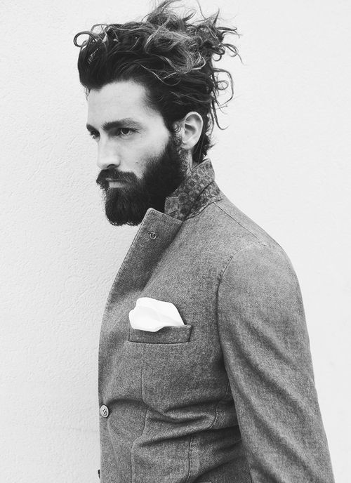 Messy Long Hairstyle Designs for Men