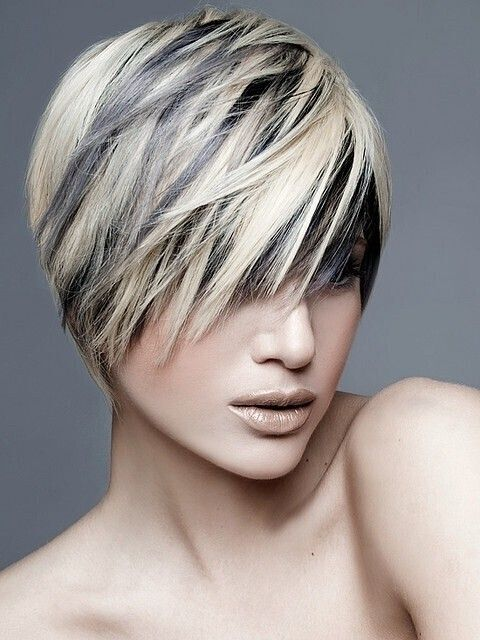 Black Hair with Blonde Highlights: Stylish Short Haircut