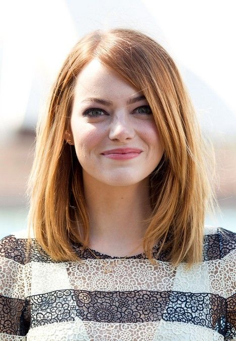 21 trendy hairstyles to slim your round face popular haircuts emma stone medium straight hairstyles long bob hairstyle for round faces winobraniefo Choice Image