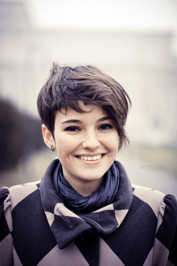 Pleasant 20 Short Hairstyles For Girls With Or Without Curls 1 Short Hairstyles For Black Women Fulllsitofus