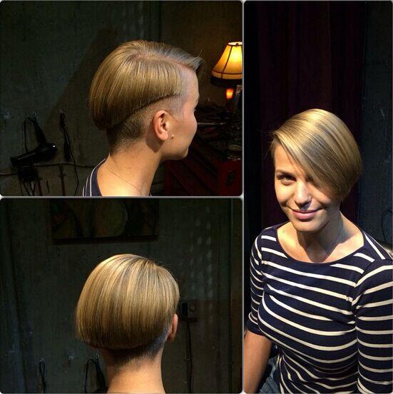 Sleek Short Hairstyle: Straight Bob Cut