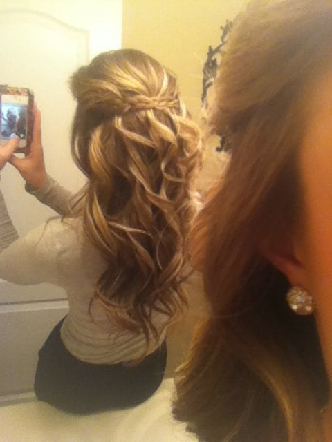 Cute Braided Hairstyles with Curly Long Hair