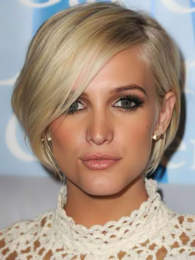 Short Haircut with Side Bangs for Women