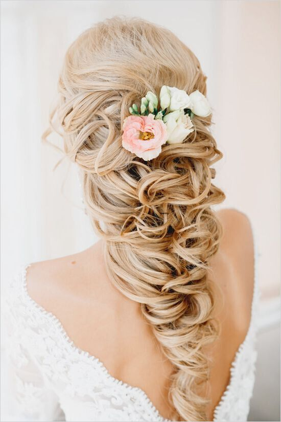 Glamorous Wedding Hairstyle for Long Hair