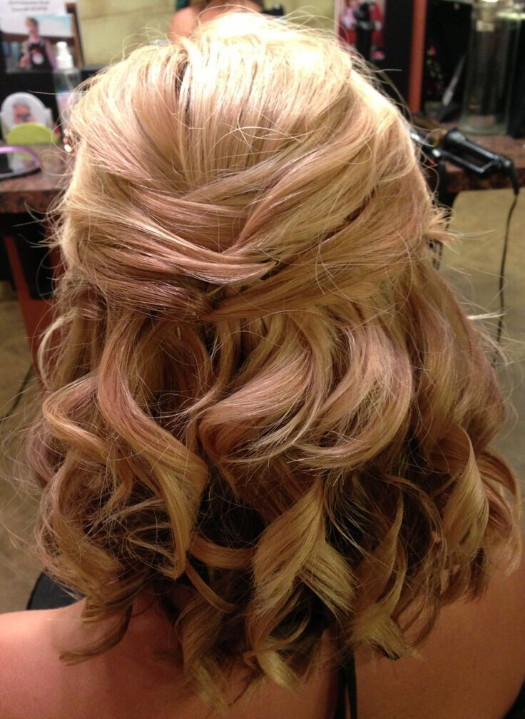 Half Up Hairstyles For Short Hair For Prom 93