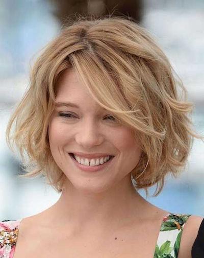 20 wellige Frisuren: Sommer Wellen für Ihre kurzen Schlösser
