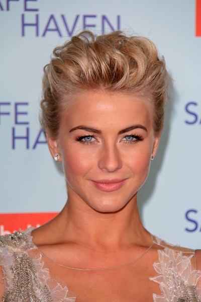 20 Gorgeous Prom Hairstyles for Girls With Short Hair ...