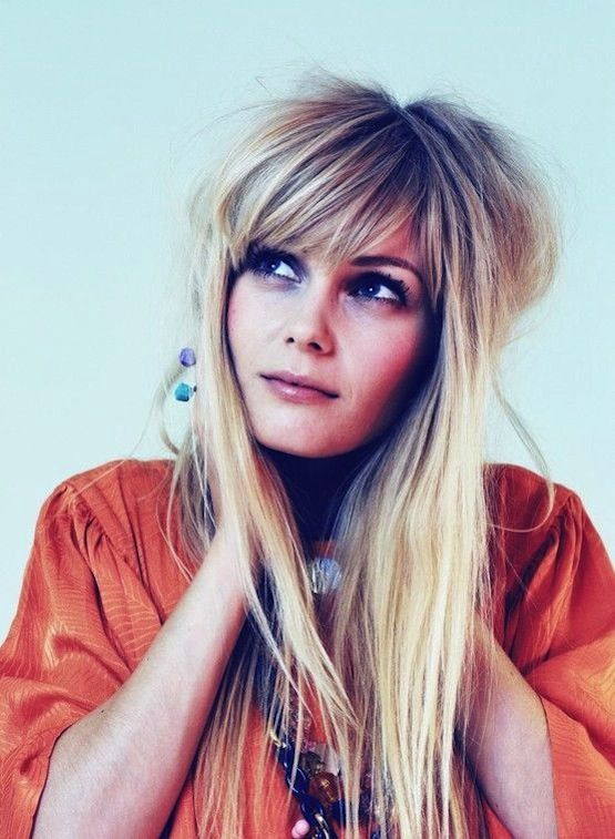 18 Freshest Long Layered Hairstyles With Bangs: Face