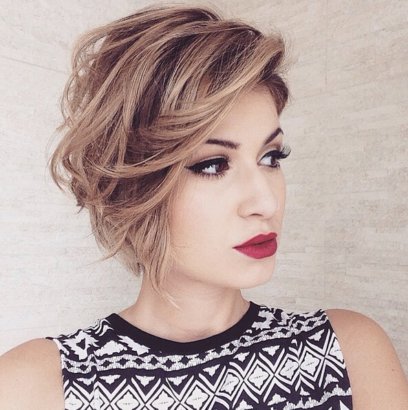 Messy Bob Haircut for Hear Face Shape Short Hairstyles