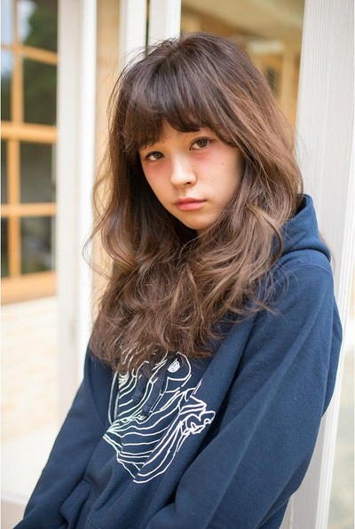 Messy Long Hair Style