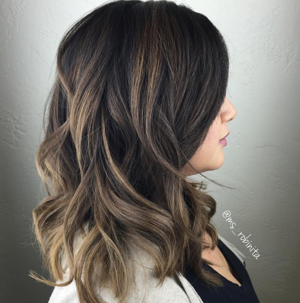 Beautiful balayage caramel accents