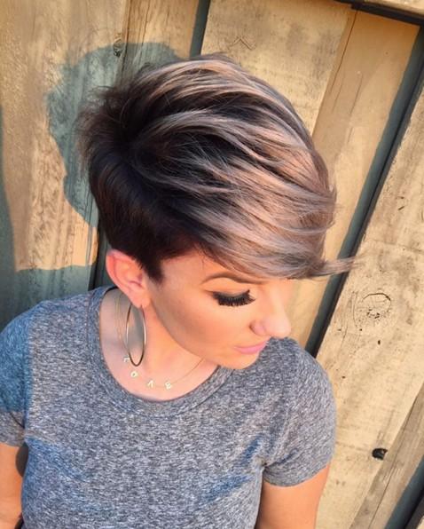 Astonishing 30 Stylish Short Hairstyles For Girls And Women Curly Wavy Short Hairstyles Gunalazisus