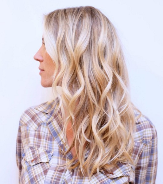 Layered, Wavy Hairstyle