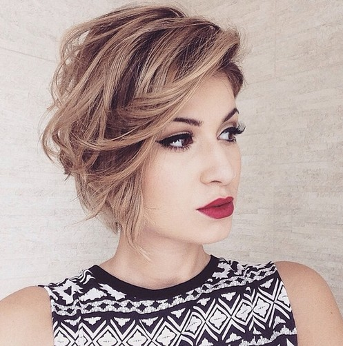 Messy Bob Haircut for Hear Face Shape - Short Hairstyles 2016