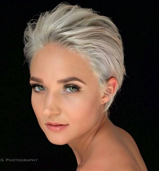 Short Hairstyle for Heart Face Shape