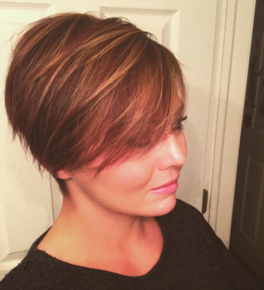 Cute, Easy Pixie Hairstyles for Women- Short Haircut for Round Faces