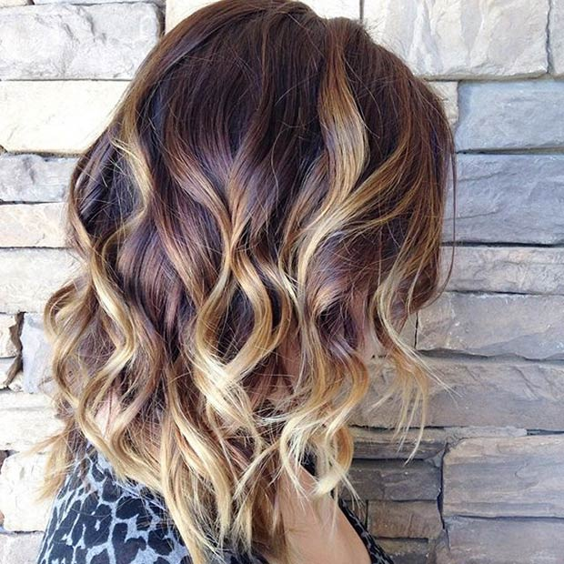 REDDISH BROWN ROOTS + BLONDE HIGHLIGHTS ombre hair with waves
