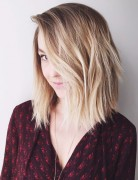brunette-to-blonde-ombre-bob-hairstyle-with-layers