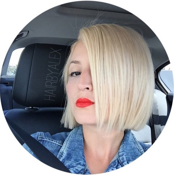 chin length straight blonde bob haircut for fine hair