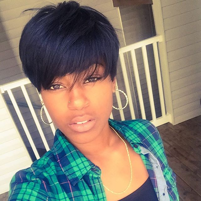 short layered pixie cut with bangs for black women