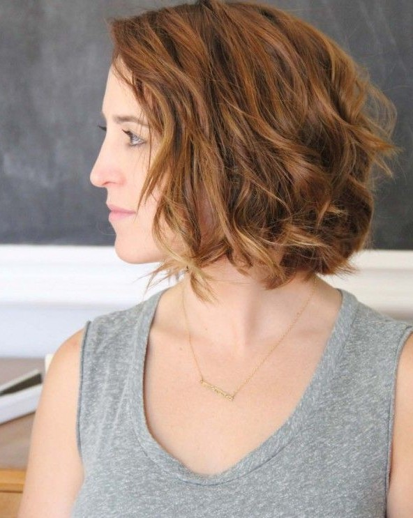 Beachy Wavy bob hairstyle for short hair