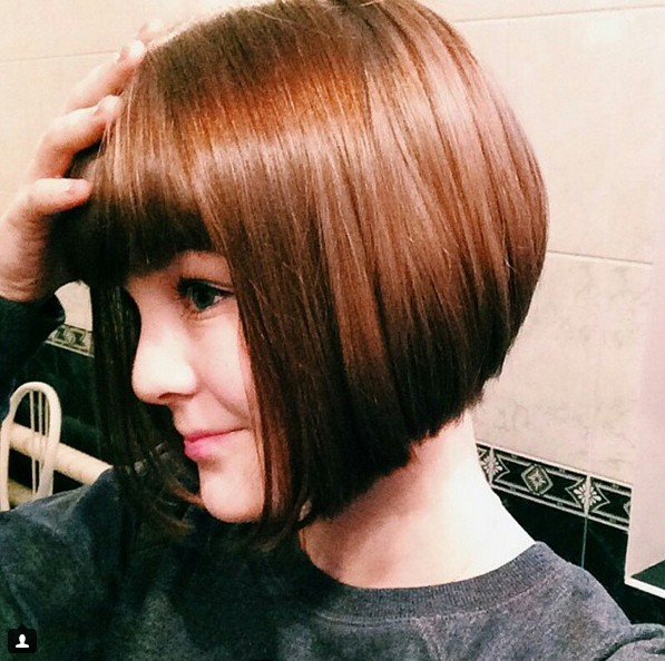 pics of inverted bob haircuts with bangs 22 inverted bob hairstyles popular haircuts 3828 | Cute short bob haircut with blunt bangs
