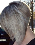 Lovely-short-inverted-bob-hairstyle