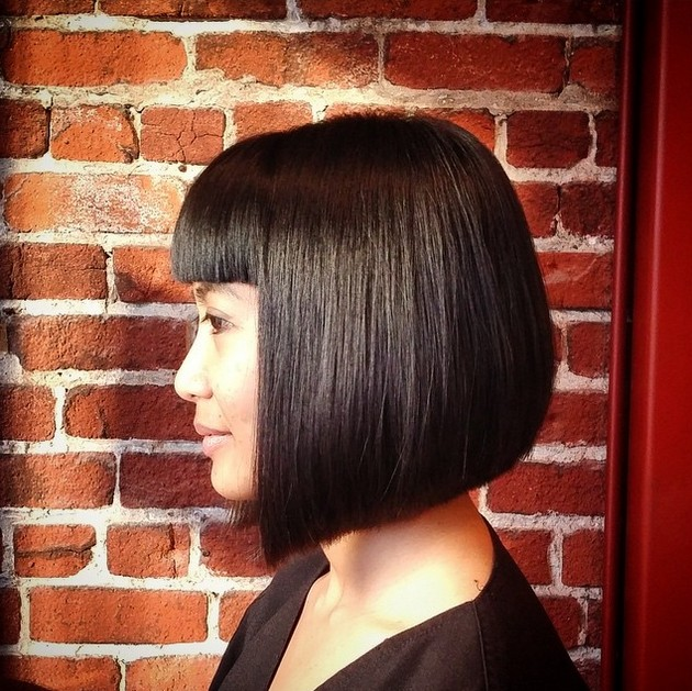 cute mob - medium length bob hairstyle with blunt bangs
