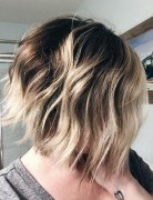 layered-messy-ombre-bob-haircut-for-women