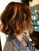 medium-bob-beach-waves-mob-beachy-wavy-bob-hairstyle