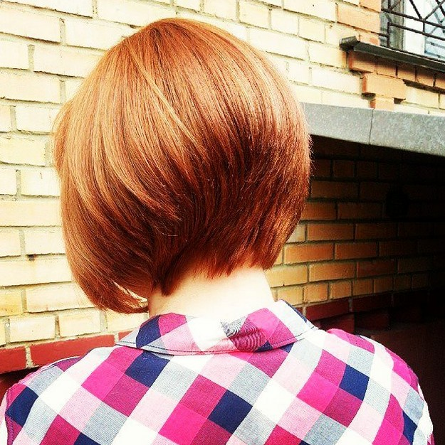 short red graduated bob hairstyle for thick hair