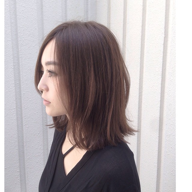 shoulder length long bob hairstyle