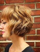 tousled-curly-bob-hairstytle-for-short-hair