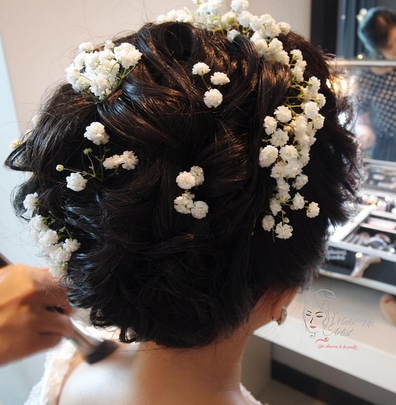 Bridal Hairdo with Flower