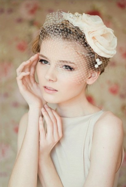 Short Hairstyle with Birdcage Veil - Wedding Hairstyles for Bride