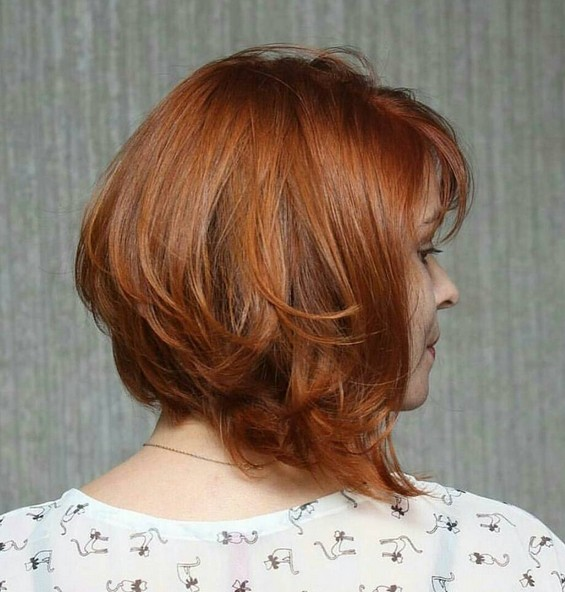 Stacked Bob Haircut - Hairstyle Designs for Women Shoulder Length Hair
